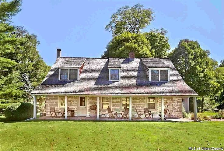 The Hornbeck Stone house in Accord, New York is incredibly charming and picturesque!