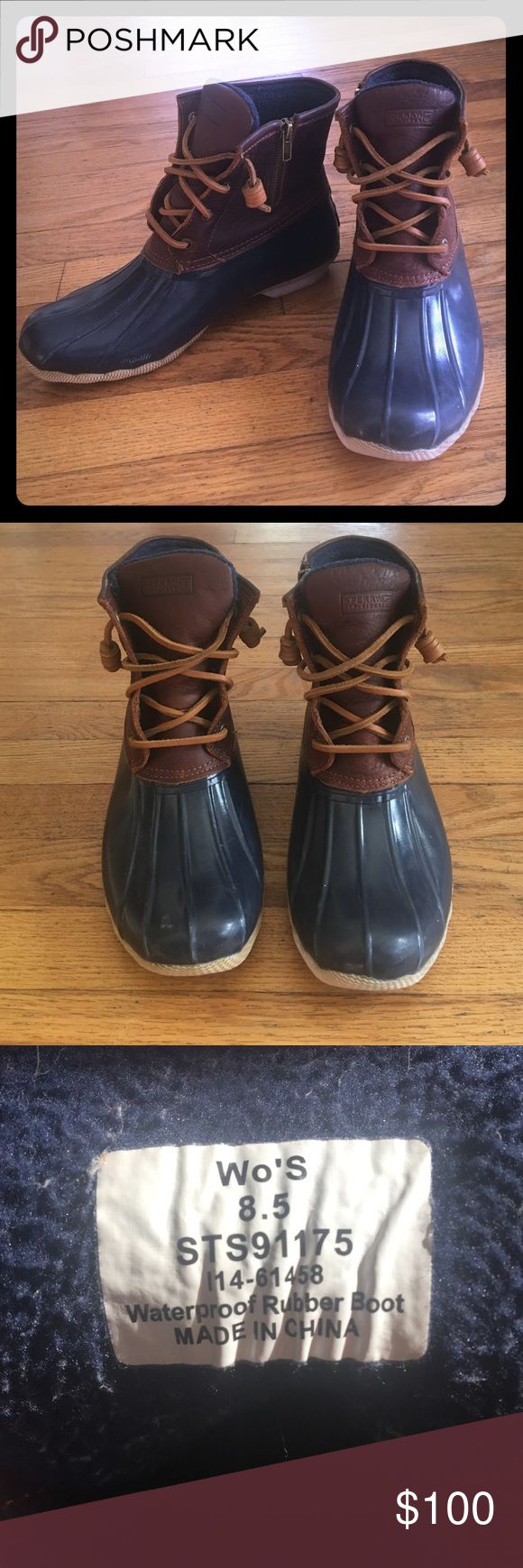 "Sperry ""duck"" boots Like new Sperry duck boots! Women's size 8.5. Few signs of wear!! Only been worn once! I'm only selling them because they were too big for me and I already got a new pair. Open to offers but no trades please! Sperry Top-Sider Shoes Winter & Rain Boots"