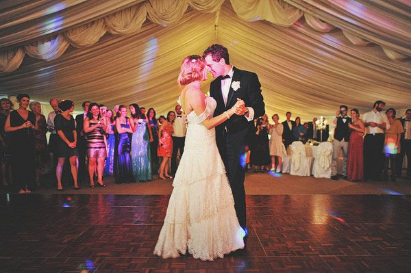How to choose your First Dance Song