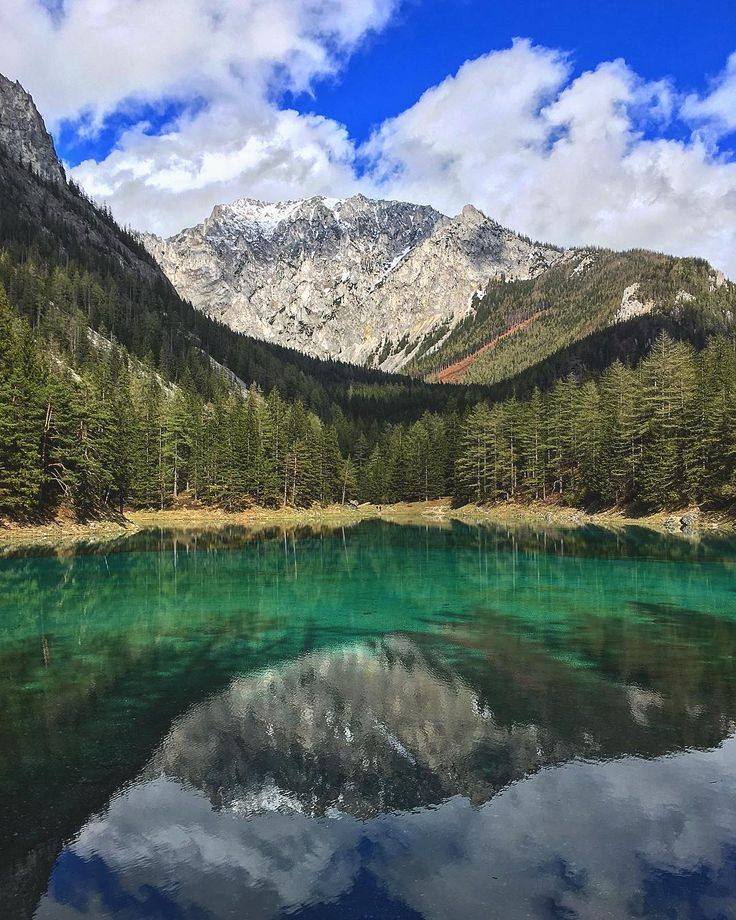 Discover the Meadow in Austria That Evolves Into a Lake Every Year