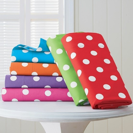 cute polka dot fabric..want a bulletin board with this on it for my room(:
