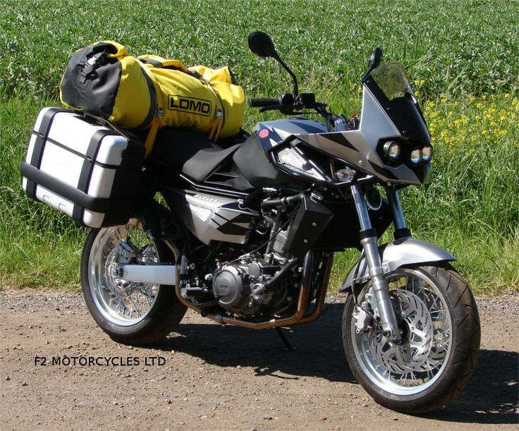 Jawa 660 Sportard with Givi luggage and Lomo Bag from www.jawamotorcycles.co.uk