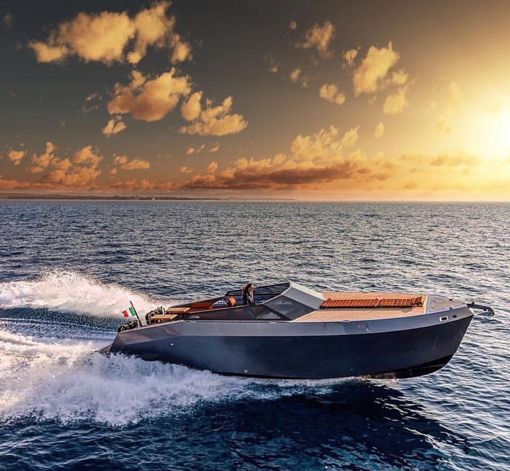Bringing The SuperYacht LifeStyle To You