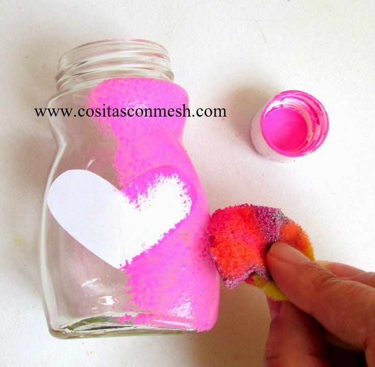 Manualidades frascos de vidrio reciclados con corazones ~ cositasconmesh