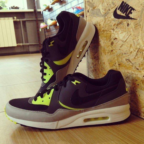 Nike Air Max Light Essential #КРОССОВКИ #NIKE #AirMaxLightEssential #imsovrn #никитинская44   #voronezh #vrn #imso #спортивнаяобувь #осень