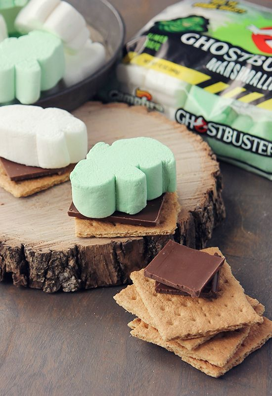 Ghostbusters Marshmallow S'mores http://www.campfiremarshmallows.com/seasonal-products/ghostbusters/