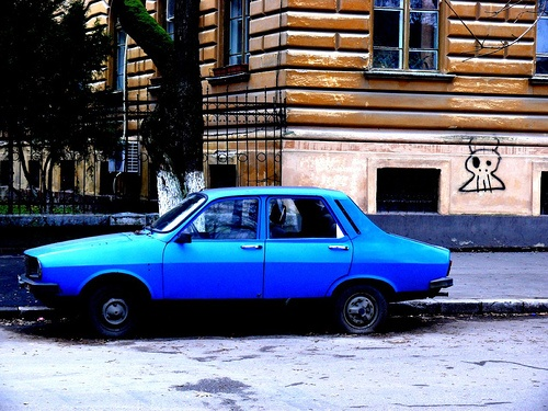 Our family car was a blue Dacia.