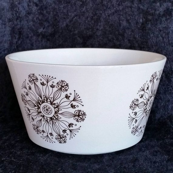 Vintage Arabia salad bowl 60s Esteri Tomula