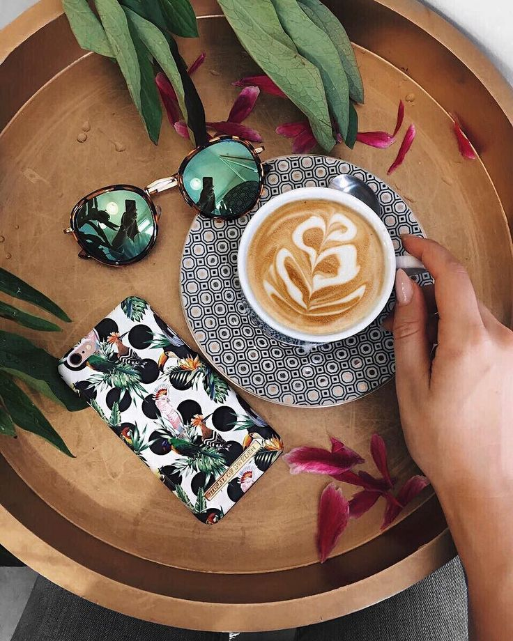 Tropical Dots by lovely @thesimplemess - Fashion case phone cases iphone inspiration iDeal of Sweden #Tropcial #birds #leaf #fashion #inspo #iphone