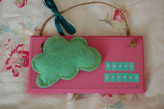 Handmade Felt Cloud 'Sweet Dreams' Sign-choice of 2 colours.Childrens Room £7.99