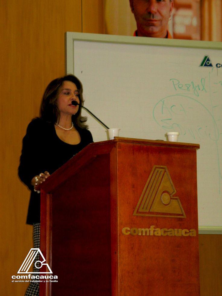 Además del salón empresarial, consulte nuestra oferta en servicios logísticos.  http://www.comfacauca.com/servicios-logisticos