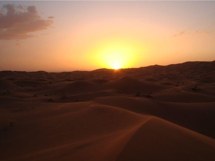 Wauw! Mooie zonsondergang in de woestijn van #Marokko
