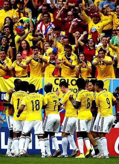 La selección #Colombia gana sus primeros dos partidos en línea en un Mundial #VamosColombia  #Brasil2014