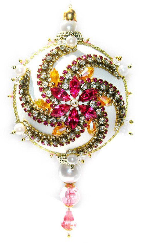 Die besten 25 weihnachtskugeln rosa ideen auf pinterest - Nostalgische weihnachtskugeln ...