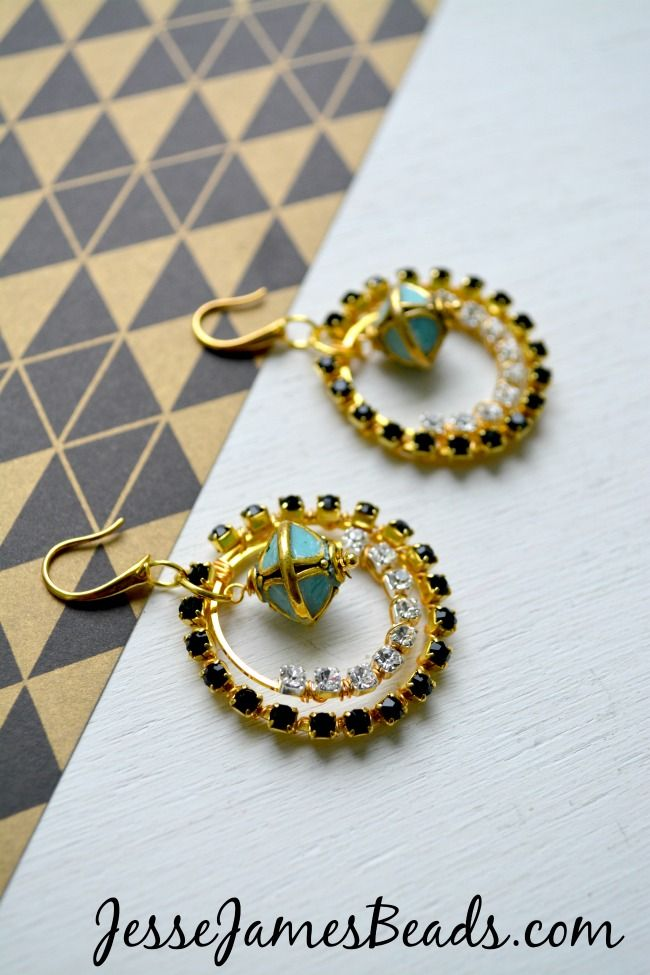 Cup chain earring tutorial from @candiecooper and @jessejamesbeads