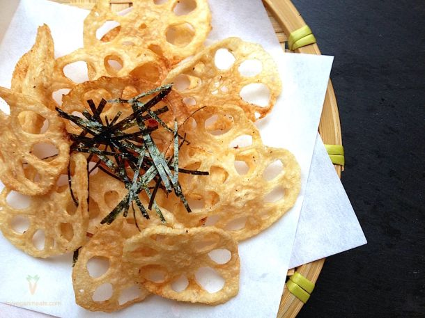 #Vegan and #glutenfree Renkon Chips. Lotus root has a wonderful crunchy texture, a nutty, light flavor, and great health benefits! Lotus root, rice vinegar, garlic powder, oil of choice. Take a look at our blog for the full recipe!