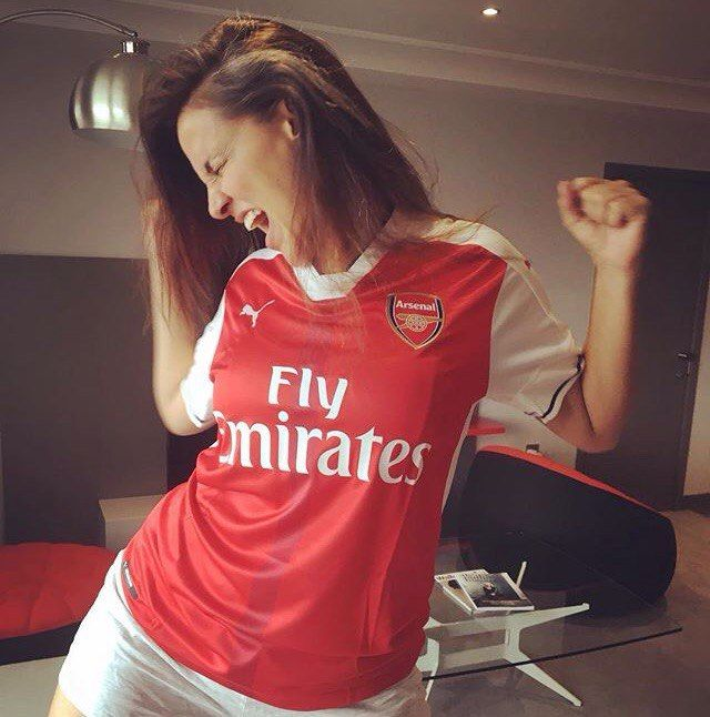 Beautiful Goonerette #Arsenal