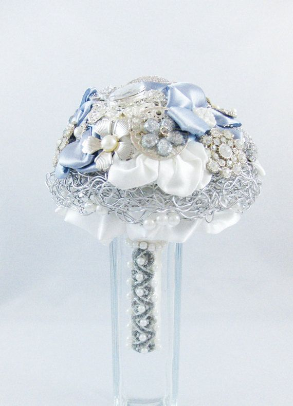 Silver bridal bouquet with brooches by Jousilook on Etsy