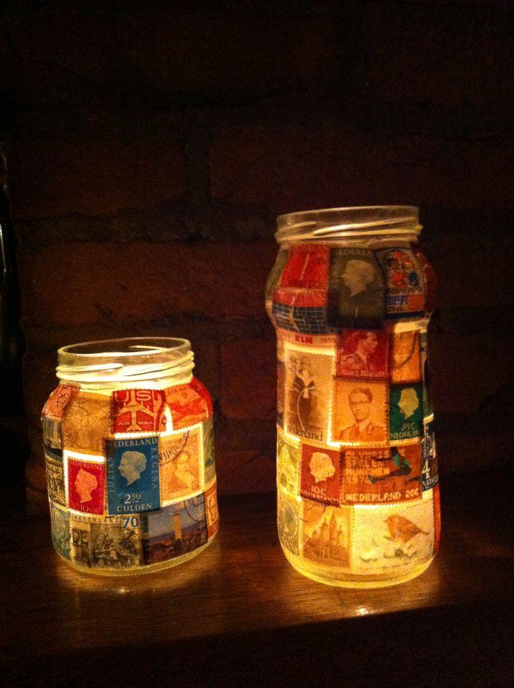 Glazen potjes versierd met oude postzegels!