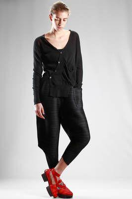 Ma'ry'ya | cardigan asimmetrico in maglia rasata leggera di cotone e lino | #maryya