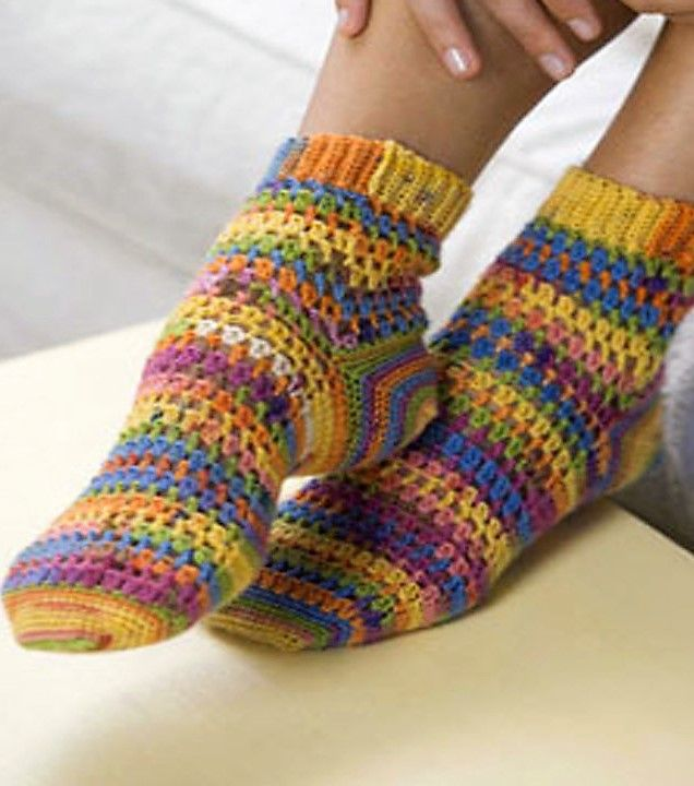 [Free Pattern] You'll Absolutely Love Making These Step-By-Step Crochet Socks… The Toe First Method Is Brilliant!