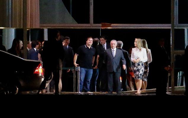 O presidente da República, Michel Temer, e a primeira dama Marcela Temer, oferecem um jantar a deputados que integram partidos da base aliada