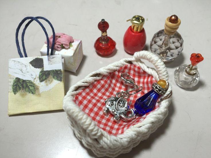 The 椅子&コスメセット お嫁にいきました。|カズミンブログ ドール用ベッド&ソファー・・他いろいろ♡