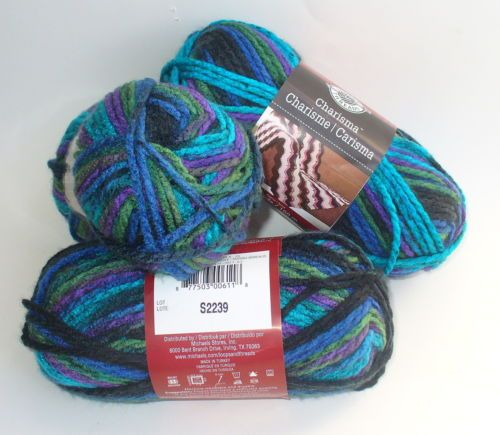 LOOPS & THREADS CHARISMA BULKY YARN LOT Of 3 SKEINS