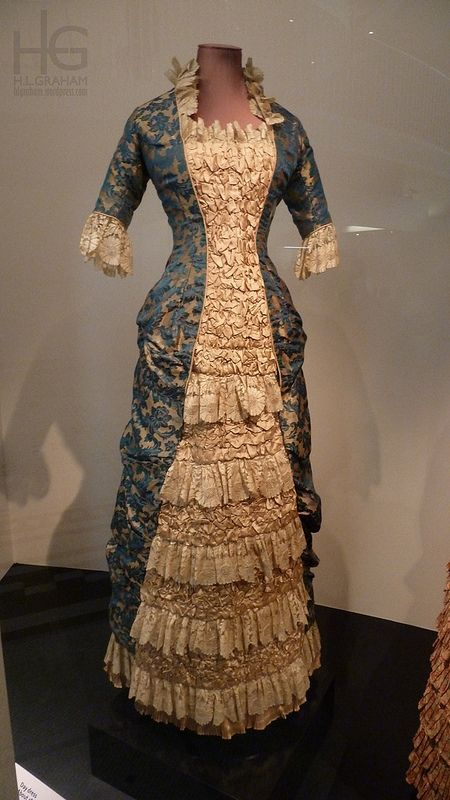 Blue and gold jacquard silk ruched dress, Britain, 1878-1880   Threading Through Time