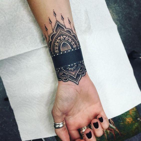 Tatouage Poignet Femme Top 100 Des Motifs Bracelet Modify