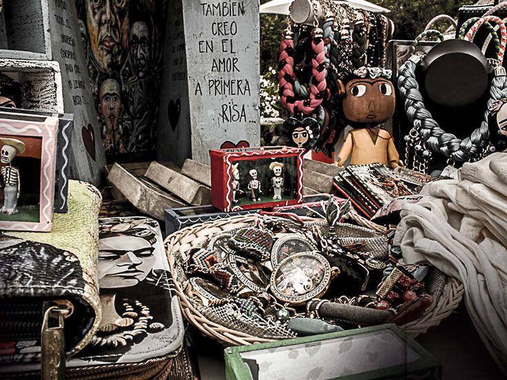 7 Best Playa del Carmen Markets for Food, Handicrafts, Art & Fashion