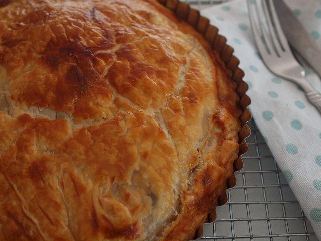 fast family dinners – super easy chicken pie - Retro Mummy