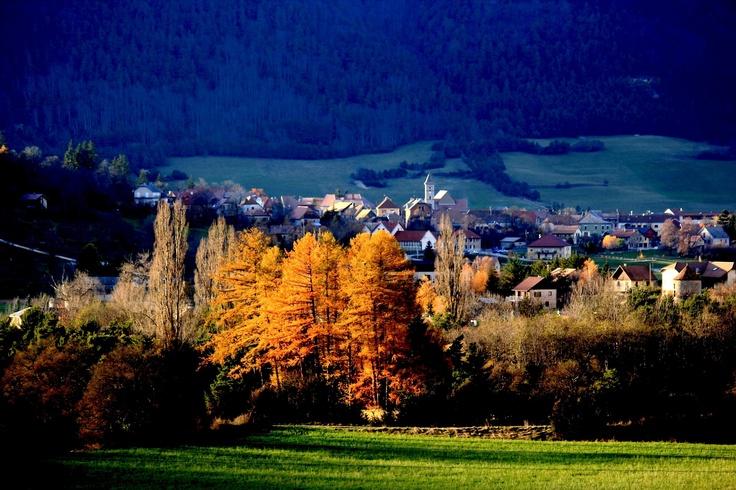 Derniers rayons sur le village de Lus-la-Croix-Haute