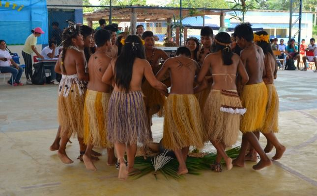 Concurso de dança Parixara resgata cultura indígena, em Roraima. http://www.portalamazonia.com.br/cultura/variedades/concurso-de-danca-parixara-resgata-cultura-indigena-em-roraima/