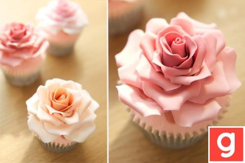 my type of cup cake, only i'd freeze it instead of eating it