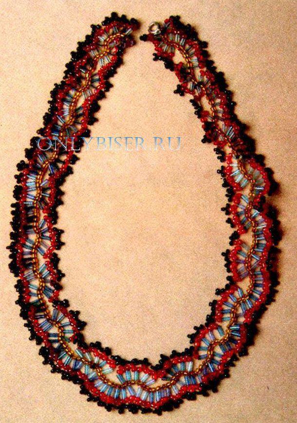 Ожерелье из бисера змейка