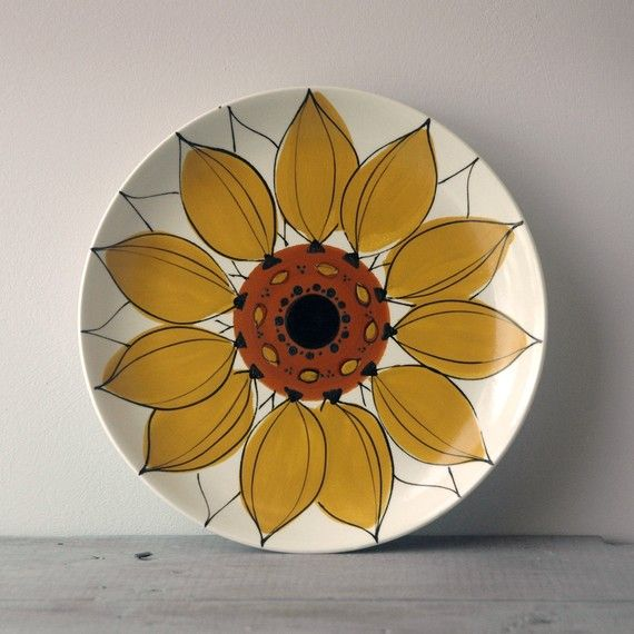sunflower plate #paintyourown