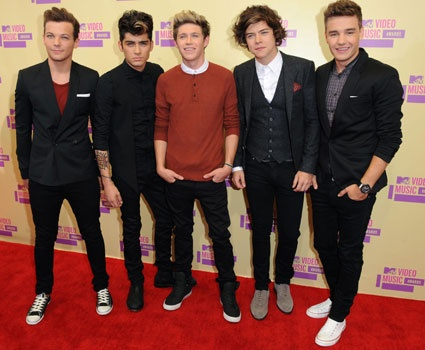 MTV EMAS WINNER !Biggest Fans - One Direction, Best New Act - One Direction