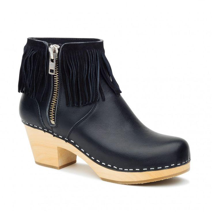 Fringy Boot Black