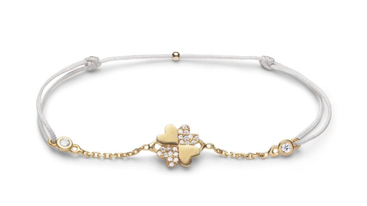 Charm'ed bracelet by Charm'ed Copenhagen - Four Clover Leaf, Choose your own colour of ribbon www.charmedcopenhagen.com - #charmed #bracelet #danishdesign #eye #jewellery #armbånd #smykker #charmed_cph #rikkehandrecknovod