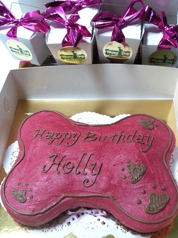 Doggy Birthday cake - www.waggydog.com.au
