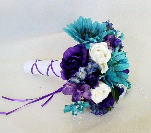 BOUQUET: Blue, white, and purple. It's more of a robin's egg blue which I like.