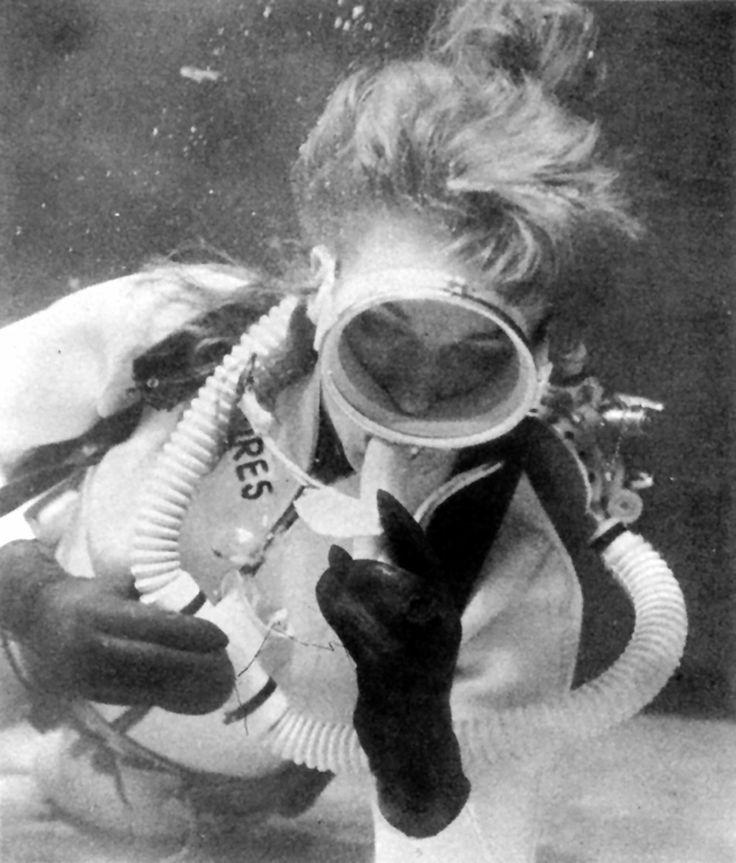Underwater vintage woman share