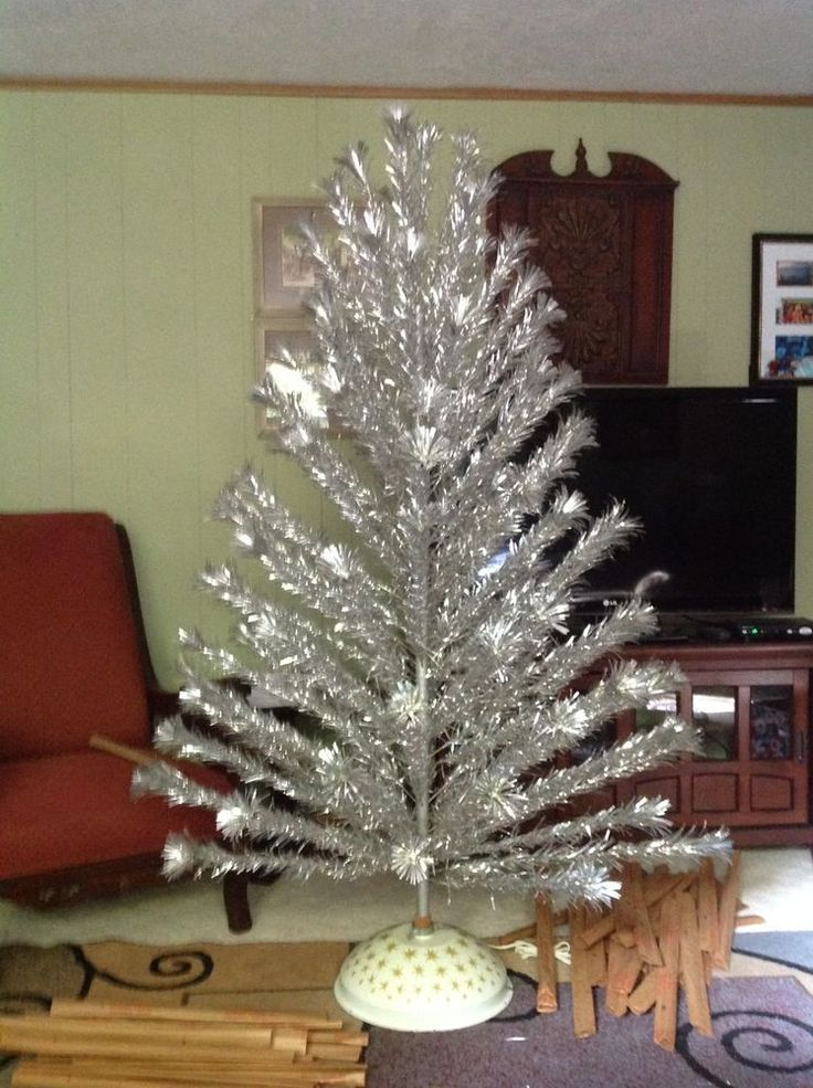 Vintage 6 FT Deluxe 106 Branch Aluminum Christmas Tree & Box Pom POM for sale at girlsauction2 on ebay