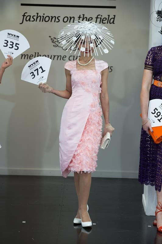 Racing Fashion on Melbourne Cup Day 2015 Fashions on the Field      Racing Fashion on Melbourne Cup Day 2015 Fashions on the Field      R...