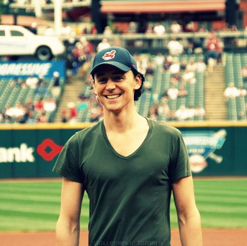 Tom at the Cleveland Indians Game - tom-hiddleston Photo