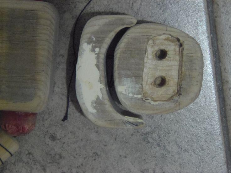 tallado y armado de la cabeza de madera de la marioneta