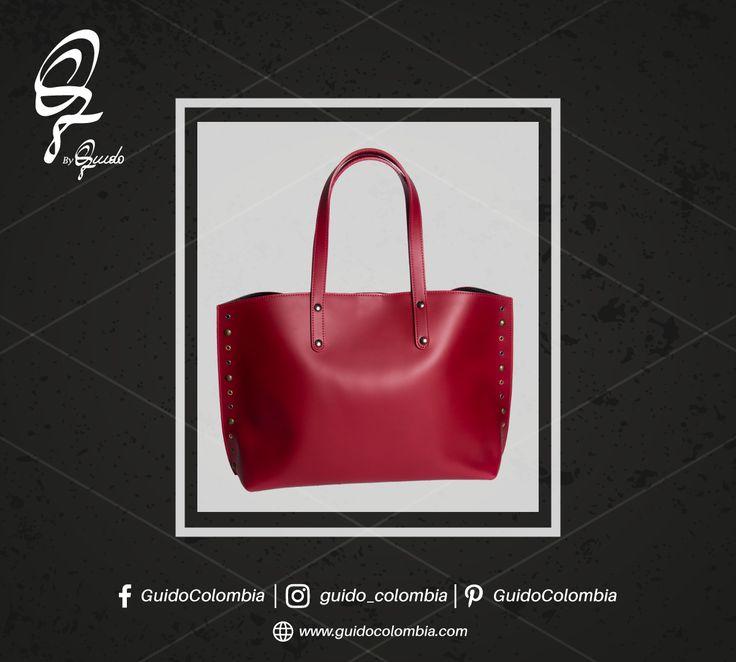 Explora nuevos accesorios para impactar con exclusividad ¡Visítanos! C.C El Retiro Local 1-107 // C.C Hacienda Santa Bárbara Local B-123  . Conoce nuestros productos en: www.guidocolombia.com  . #fashion #guidocolombia #moda  #loveshoes👠 #shoestagram