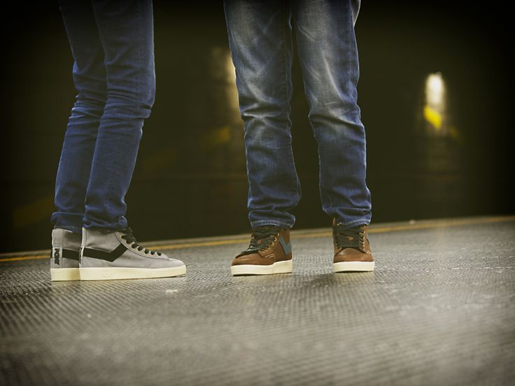 PONY è un marchio americano di sneakers e abbigliamento, fondato nel 1972 da Robert Mueller, imprenditore di origini uruguayane. PONY è presto diventato uno dei più importanti brand di abbigliamento e calzature sportive a livello globale.