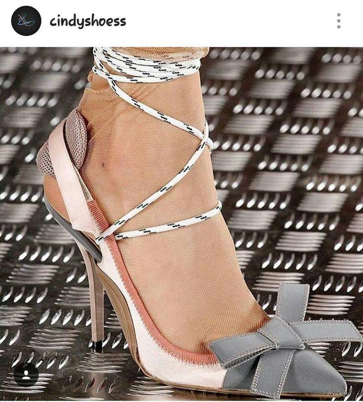 Sapato de Amarrar Salto Alto / jahsaude